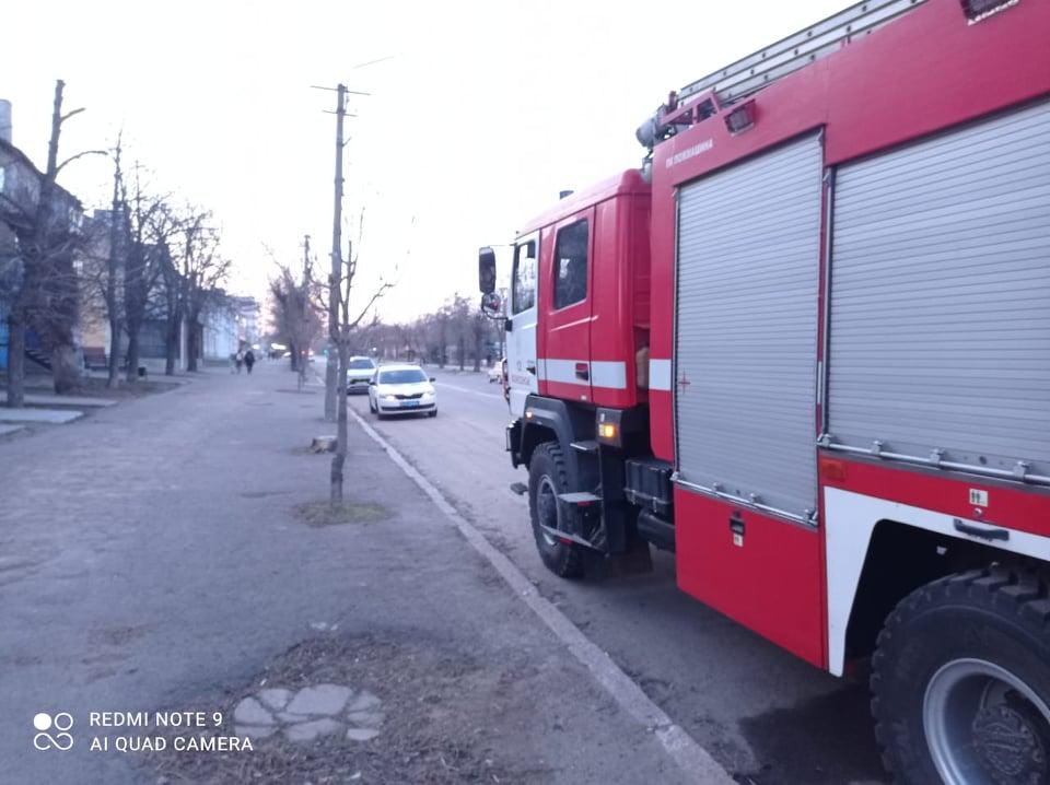В Вознесенске горела квартира, соседей пришлось эвакуировать (ФОТО) 9