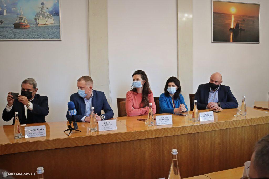 Николаев получит 80 млн грн на развитие инфраструктуры: подписан меморандум с QTerminals Olvia (ФОТО) 3