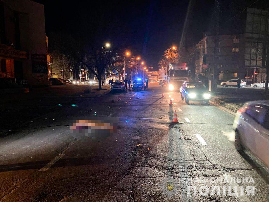 В Николаеве насмерть сбили пожилую женщину (ФОТО) 1