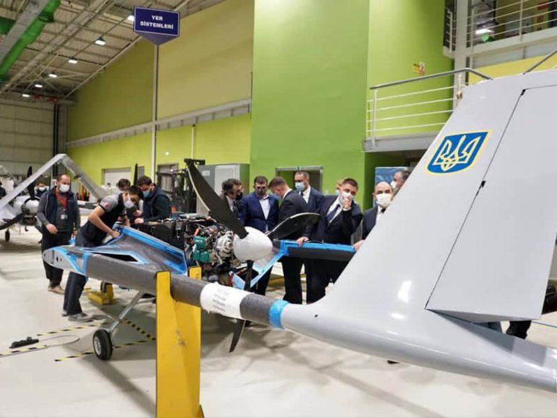 Николаевский нардеп в составе делегации проинспектировал в Турции производство беспилотников для украинской армии (ФОТО)