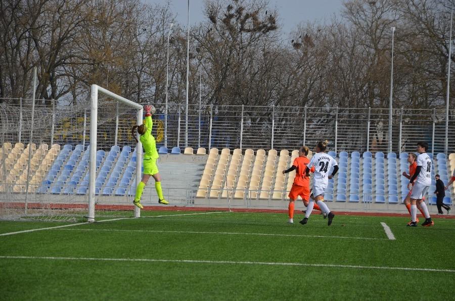 «8-мартовский» международный турнир по женскому футболу в Николаеве выиграла херсонская команда (ФОТО) 3