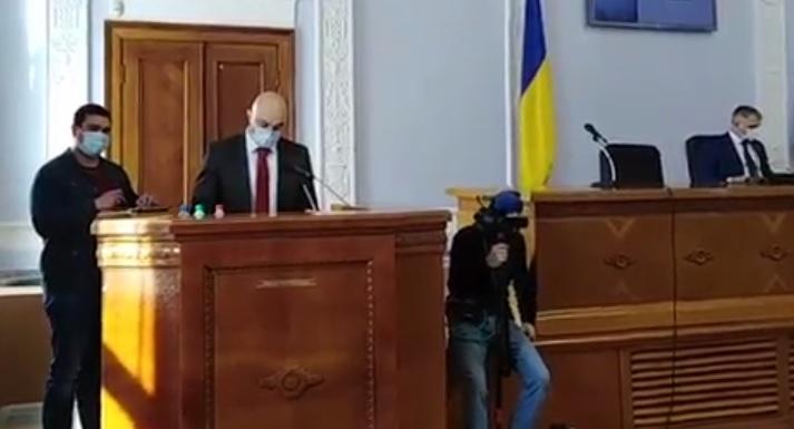 В Николаевском горсовете — новый депутат Евгений Павлович (ВИДЕО)