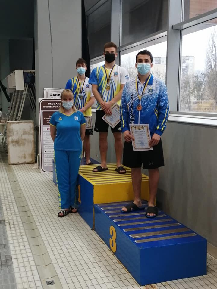 Кубок Украины по прыжкам в воду: на метровом трамплине николаевец Коновалов взял золото, а по прыжкам с 3-метрового трамплина весь пьедестал был «николаевским» (ФОТО) 3