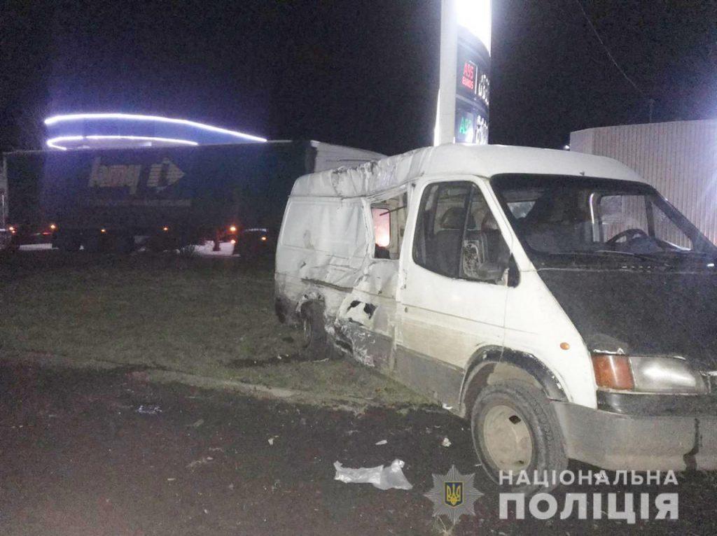 В Первомайске сотрудник полиции стал виновником тройного ДТП (ФОТО) 3