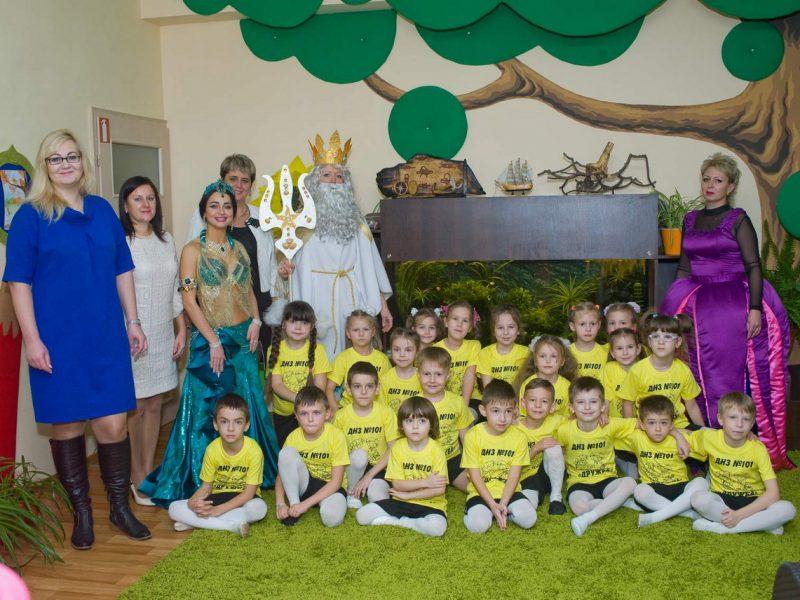 В рамках КСО-проекта «Сад мечты» НГЗ обустроил десятки игровых и спортивных площадок детских садов Николаева (ФОТО)