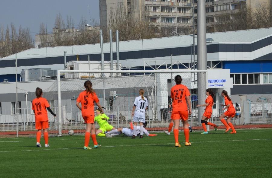 «8-мартовский» международный турнир по женскому футболу в Николаеве выиграла херсонская команда (ФОТО) 5