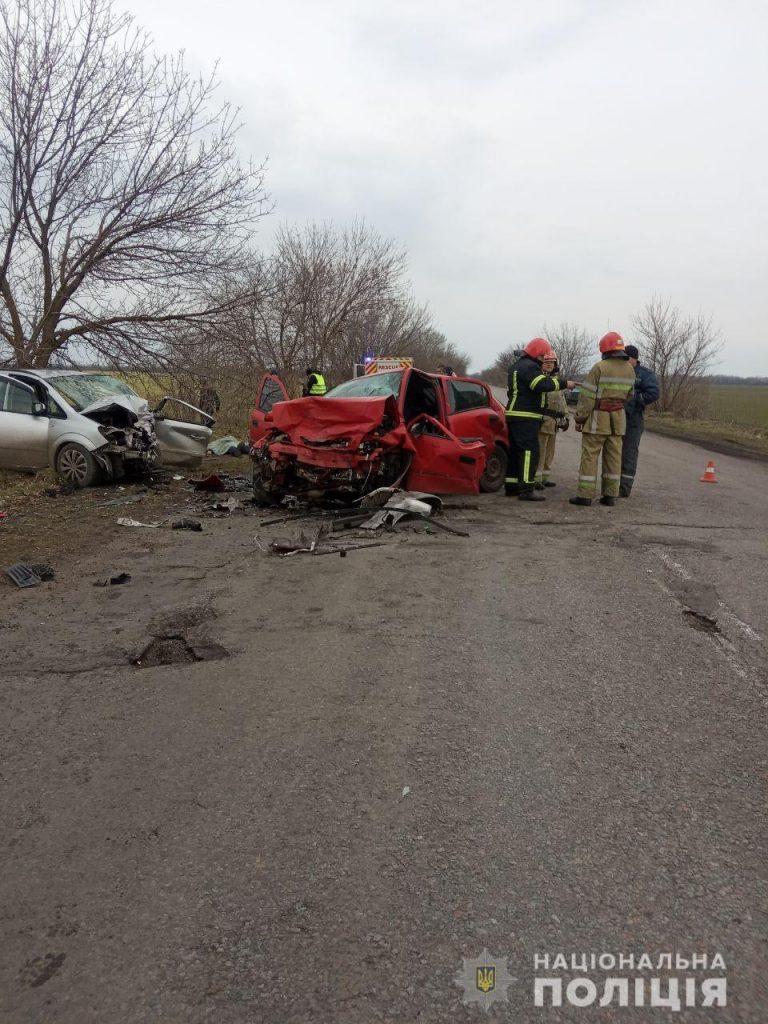 На Николаевщине – сразу два смертельных ДТП: в одном погиб пешеход, в другом – два 16-летних парня (ФОТО) 3
