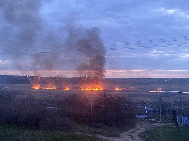 Опять жгут камыши. На Николаевщине выгорело свыше 6 га открытых территорий (ФОТО)