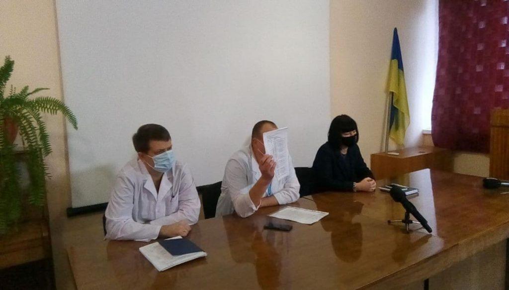 В Николаеве протестовали работники горбольницы №3 - они не получили положенных 300% зарплаты (ФОТО) 7