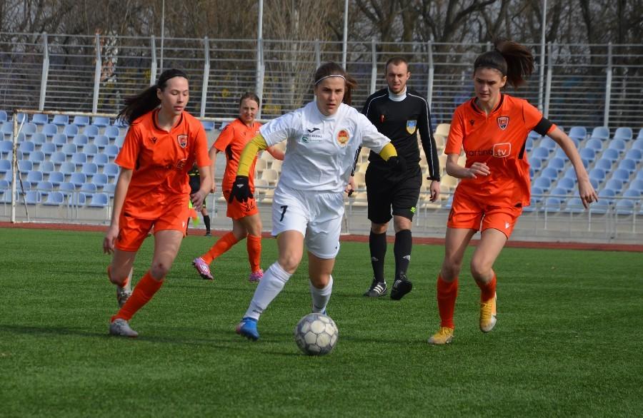 «8-мартовский» международный турнир по женскому футболу в Николаеве выиграла херсонская команда (ФОТО) 7