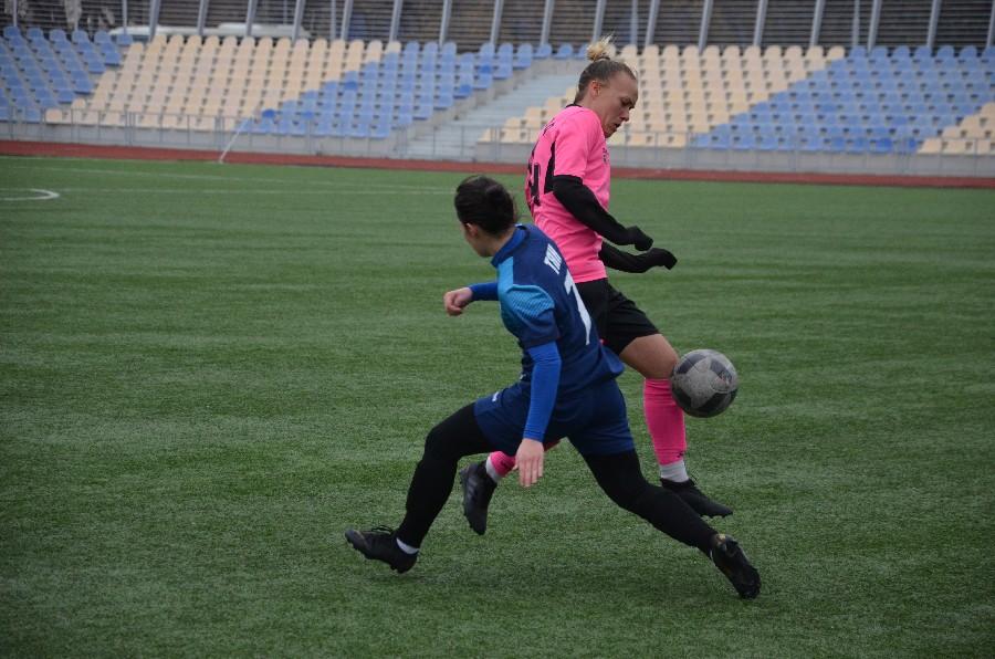 В Николаеве проходит «8-мартовский» международный турнир по женском футболу (ФОТО) 9