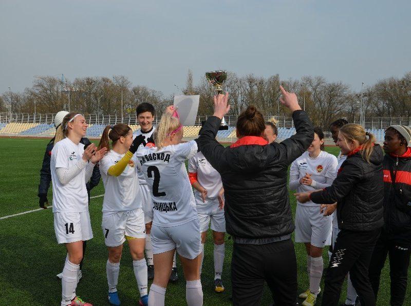 «8-мартовский» международный турнир по женскому футболу в Николаеве выиграла херсонская команда (ФОТО)