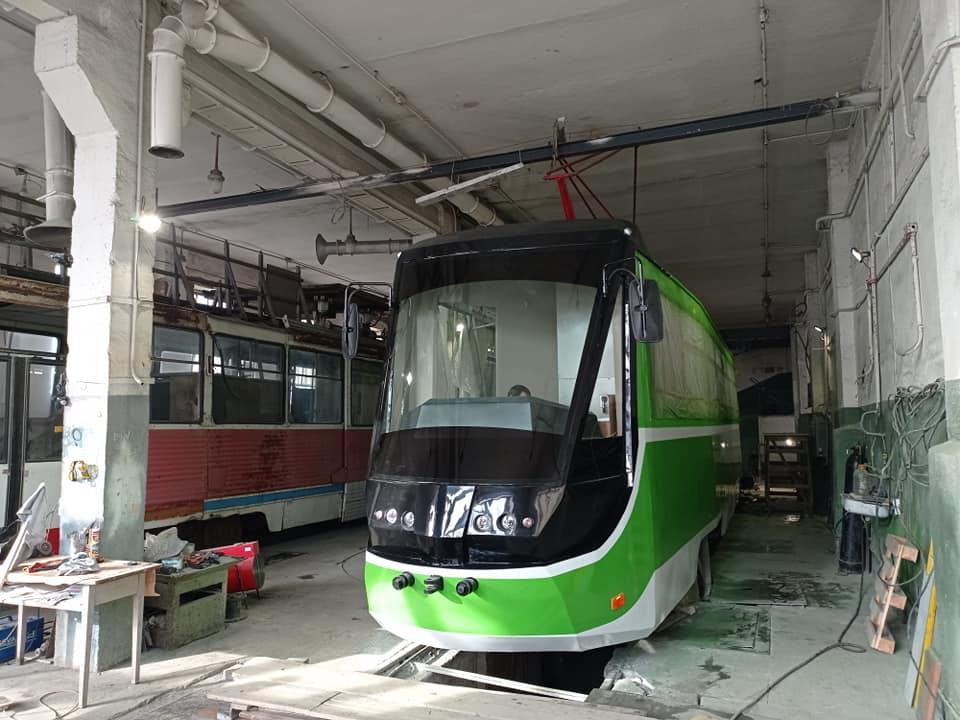 Первая пташка. Как на базе «КТМ-5» в Николаеве создают новый трамвай (ФОТО) 11
