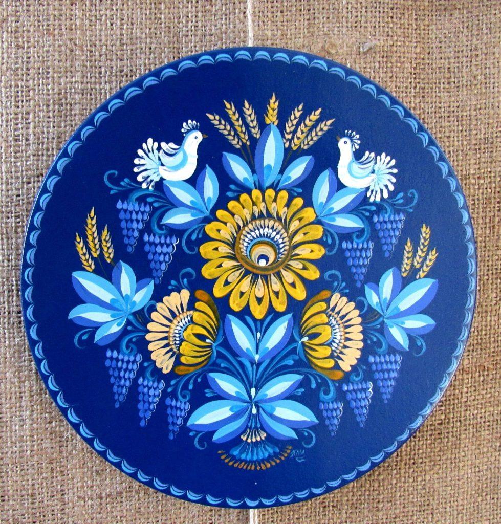 В Николаеве открылась выставка уникальной таврийской росписи Любови Паранюк (ФОТО) 11