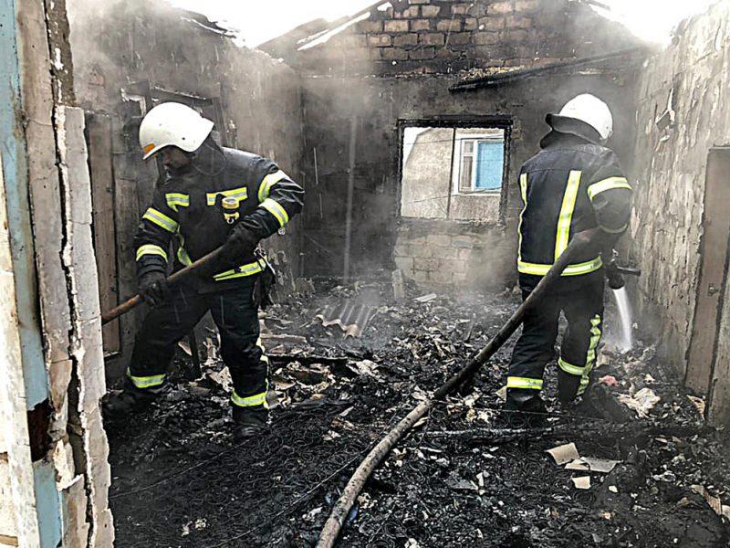 На Николаевщине тушили дачу и дом – нашли погибшего (ФОТО)