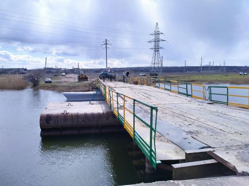 В Снигиревском районе восстановили утопленный фурами понтонный мост (ФОТО) 9