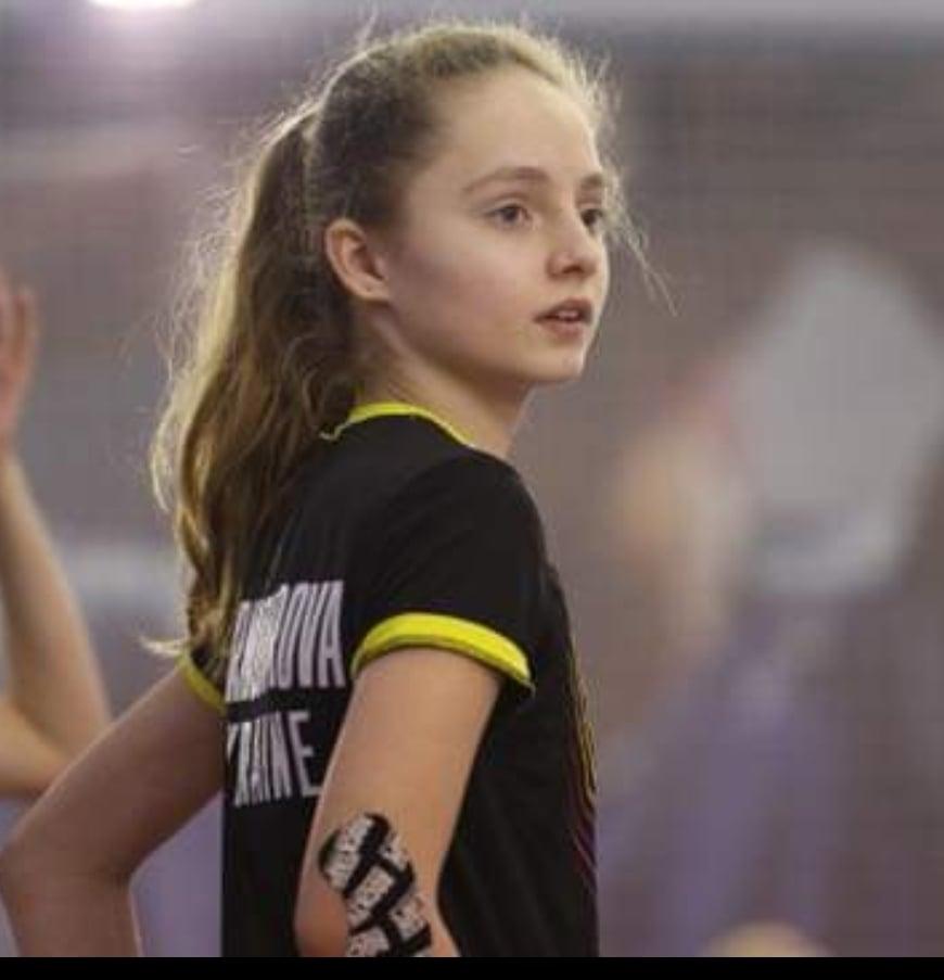 Николаевская спортсменка добыла «золото» и «бронзу» всеукраинского турнира по бадминтону среди спортсменов с нарушениями слуха (ФОТО) 11