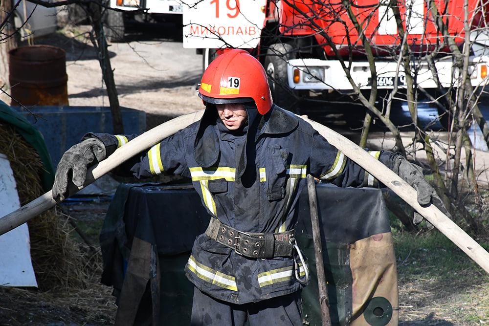 В Варваровке сгорели две хозпостройки (ФОТО) 13