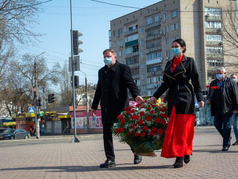 В Николаеве почтили память героев-ольшанцев (ФОТО)