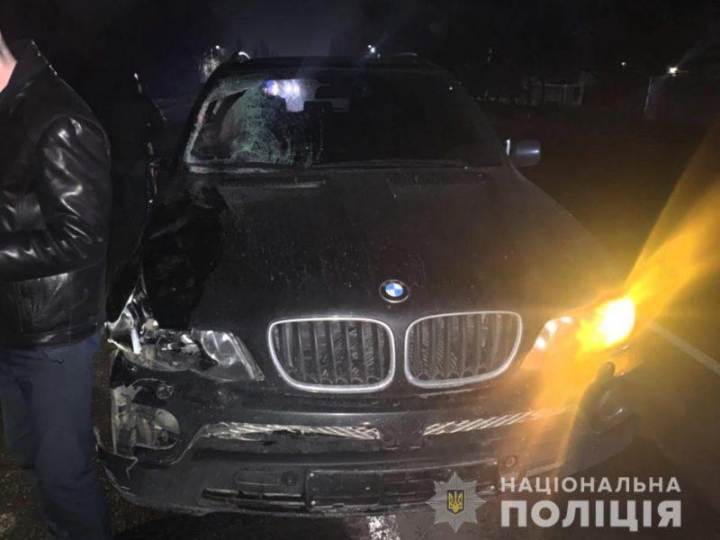 Под Николаевом BMW сбил мужчину. Полиция ищет свидетелей (ФОТО)