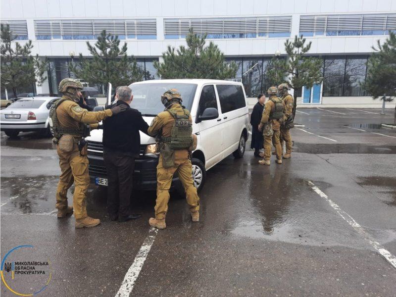 В Николаеве задержана ОПГ, которая занималась сбытом наркотиков и пыталась подкупить чиновника полиции взяткой в 15 тыс.грн. (ФОТО, ВИДЕО)