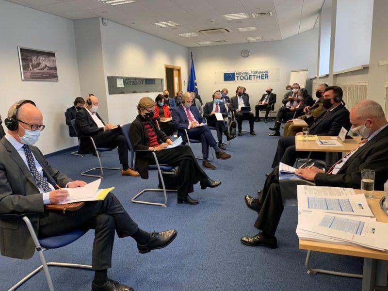 Украина не будет возвращать оккупированные территории военным путем – секретарь СНБО