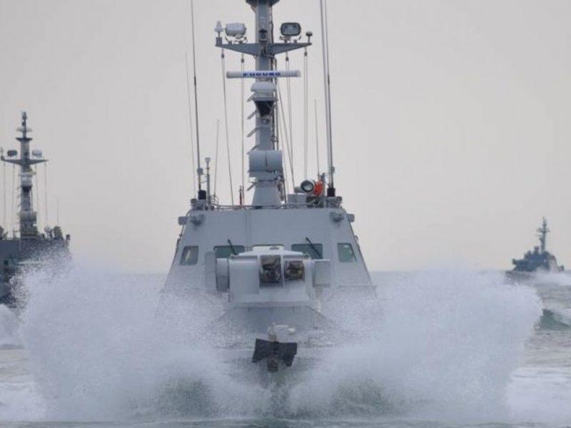 У Керченского пролива катера ФСБ провоцировали катера украинских ВМС