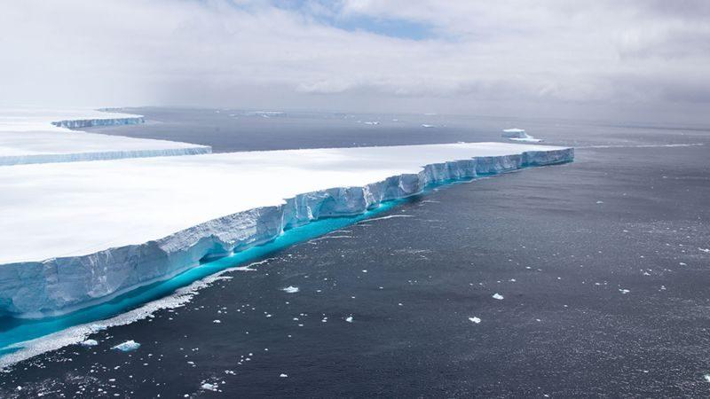 Айсберга, который некоторое время был крупнейшим в мире, больше нет