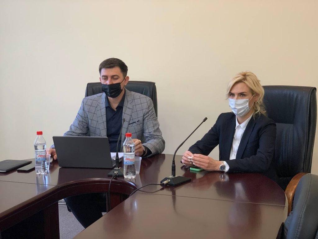 В Николаевском облсовете готовятся к проведению сессии онлайн (ФОТО) 1