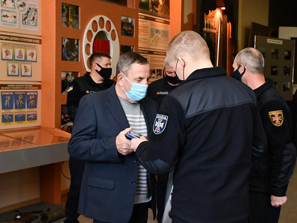 В Николаеве ветеранам-ликвидаторам аварии на ЧАЭС в Службе спасения вручили награды (ФОТО) 19