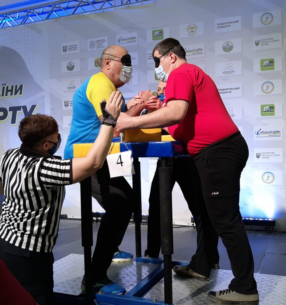 Николаевцы завоевали 12 наград чемпионата Украины по армспорту среди спортсменов с поражением опорно-двигательного аппарата и нарушениями зрения (ФОТО) 23