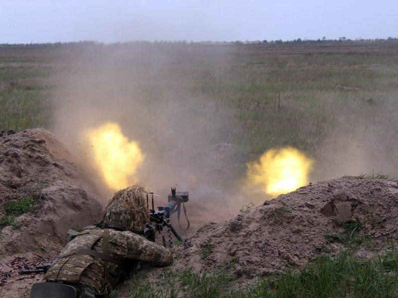 Николаевские десантники отработали действия во время боя (ФОТО)