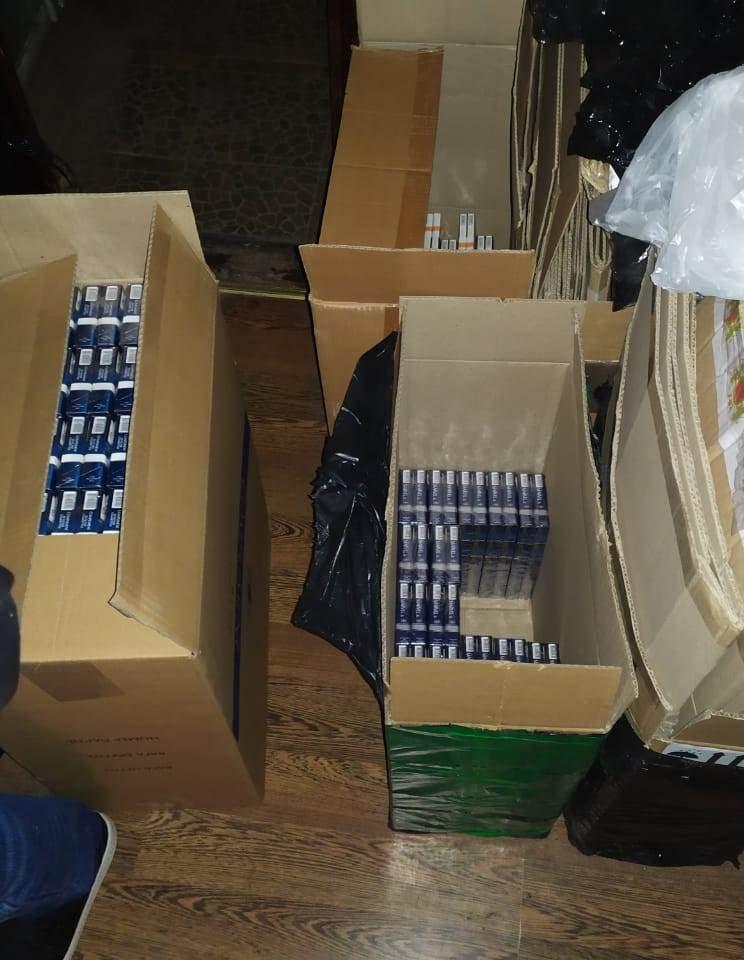 Налоговая милиция Николаевщины остановила незаконный сбыт контрабандных сигарет на 2 млн.грн. (ФОТО) 5