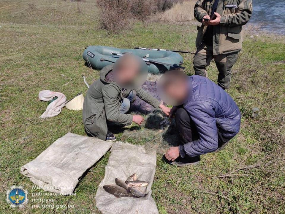 Запрет же! Николаевский рыбоохранный патруль поймал браконьеров, наловивших сетями 32 кг мелочевки (ФОТО) 5