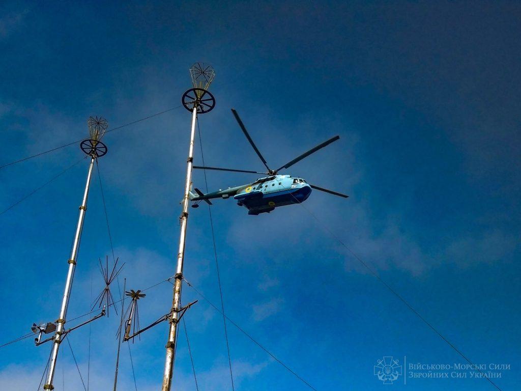 Морские авиаторы из Николаева отработали поражение водных целей авиационными бомбами (ФОТО) 5