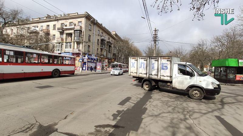 Внимание, в центре Николаева перекрыт перекресток - следственный эксперимент! (ДОБАВЛЕНО ФОТО) 17