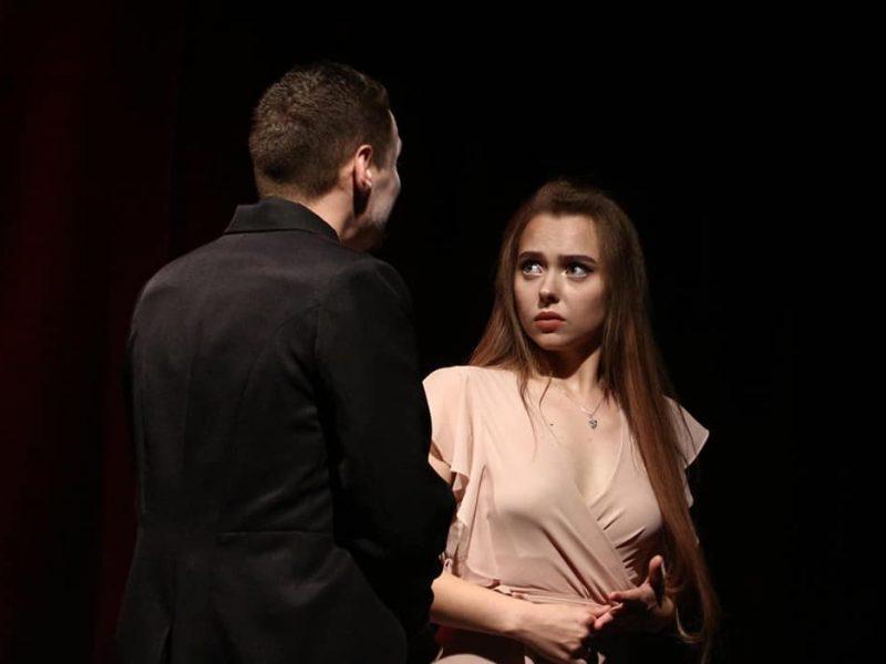 Актриса Николаевского русдрама получила награду международного фестиваля в Польше (ФОТО)