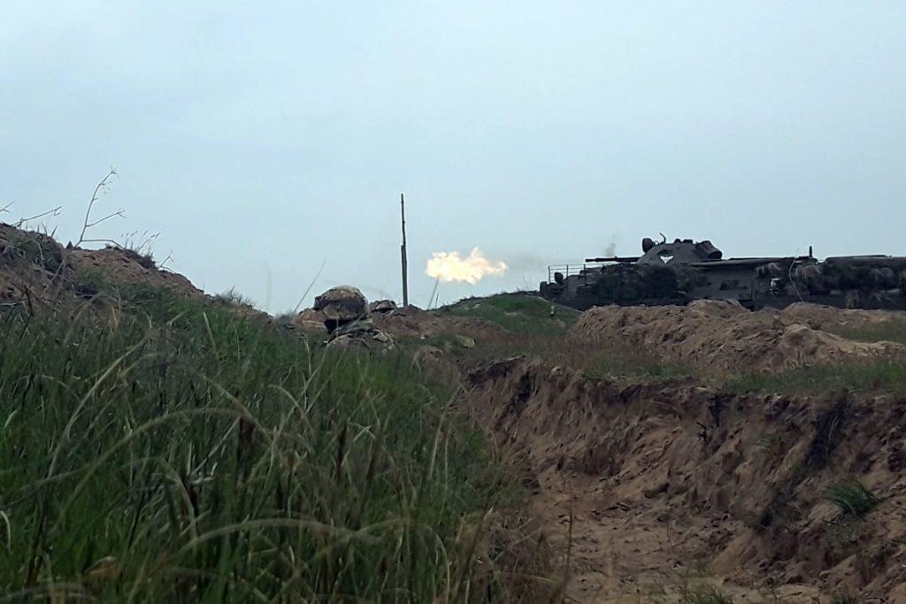 Николаевские десантники отработали действия во время боя (ФОТО) 9