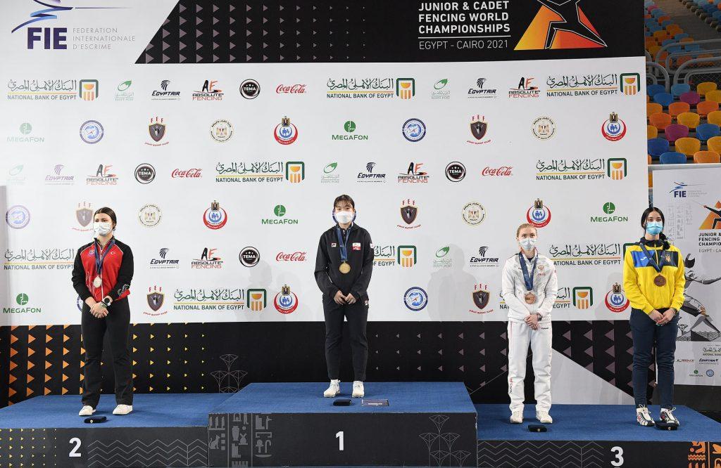 Из-за травмы фехтовала практически на одной ноге: Валерия Проченко из Николаева добыла «бронзу» юниорского чемпионата мира (ФОТО) 11