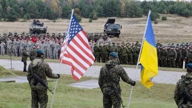 В Украине находятся военные США на постоянной основе. И их количество могут увеличить