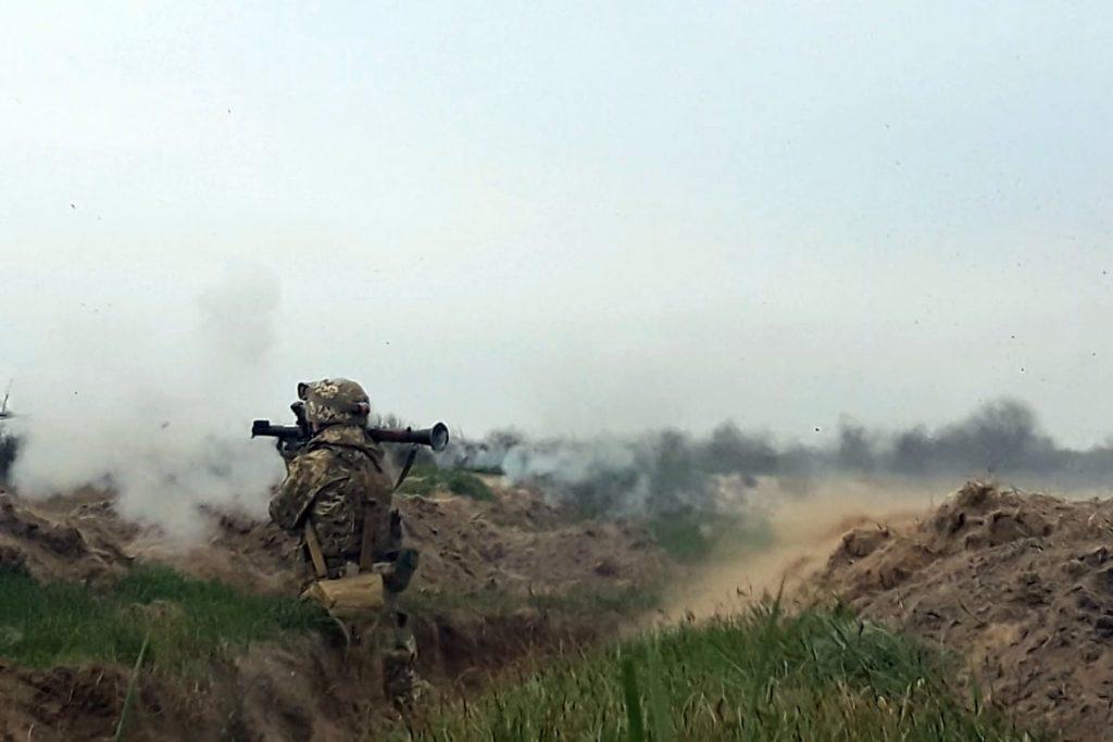Николаевские десантники отработали действия во время боя (ФОТО) 15