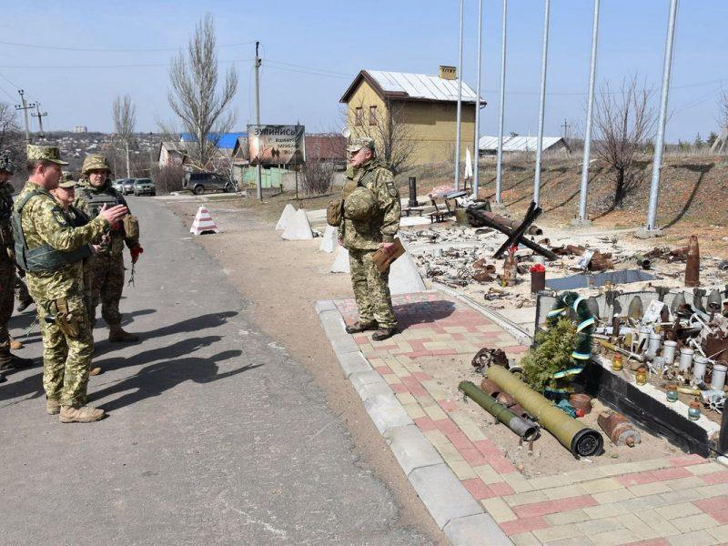 Делегация США побывала на Донбассе – на передовой