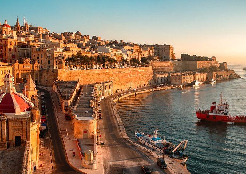 Евро-стимуляция: на Мальте туристам готовы приплачивать по 200 евро