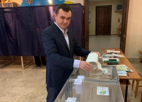 """""""Пожизненно публичный""""  Мериков заявил о намерении баллотироваться в парламент"""