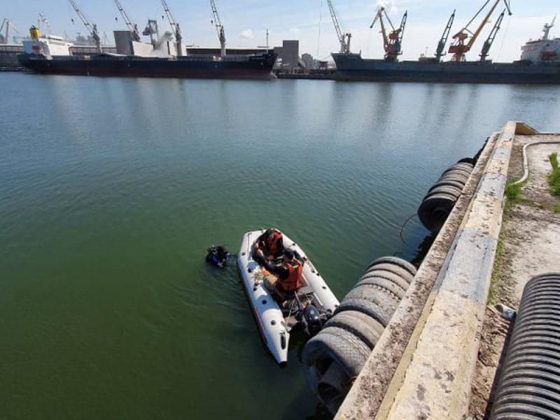 На Бугском лимане продолжаются поиски утонувшего турецкого моряка
