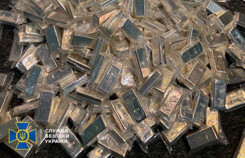 В Украине СБУ «накрыла» конвертцентр крупных размеров: изъяли 800 кг серебра у ОПГ, которая «отмыла» 65 млн.грн. (ФОТО, ВИДЕО)