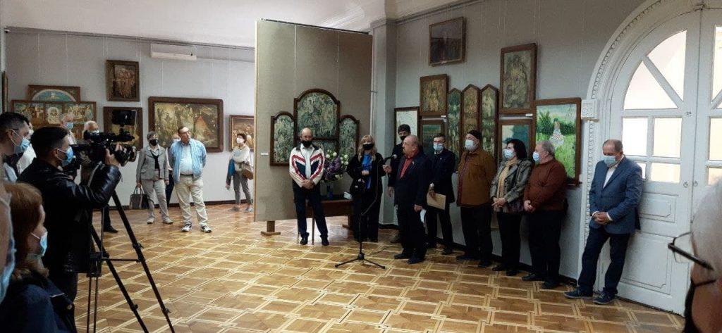 В Николаевском художественном музее открылась постоянно действующая экспозиция картин Андрея Антонюка (ФОТО) 1