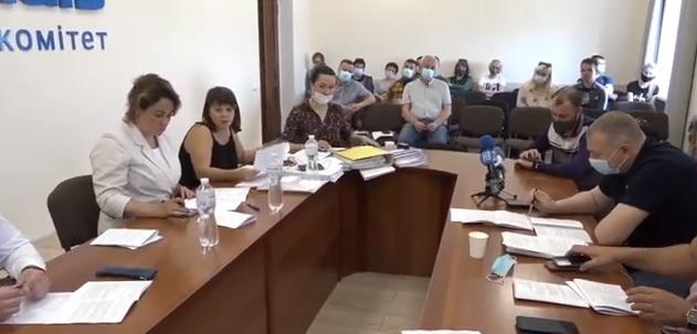 Профильная комиссия Николаевского горсовета отложила рассмотрение вопросов по ООО «Экотранс», пока завод не начнет соблюдать экологическое законодательство