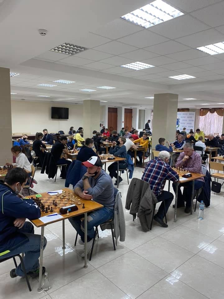 В Николаеве стартовал шахматный «Мемориал Николая Шелеста» - шахматисты приехали даже из Еревана (ФОТО) 3
