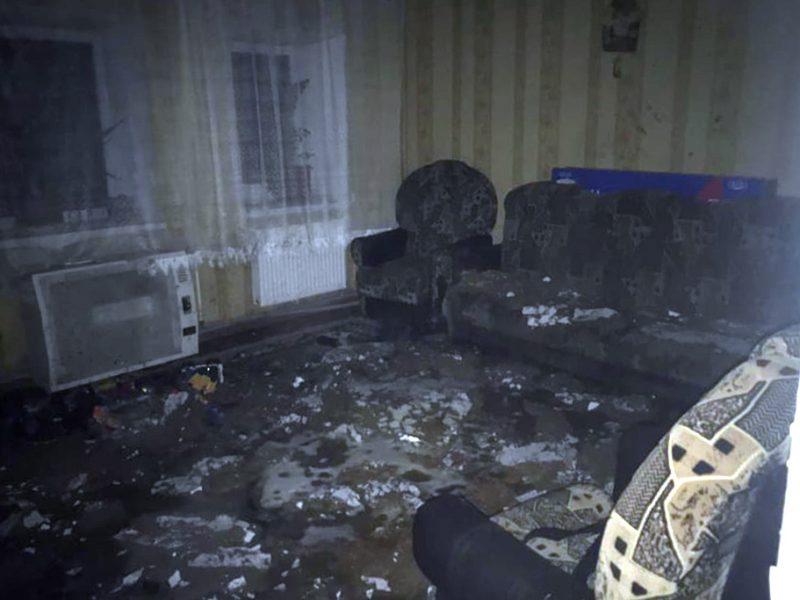 Ночью в Николаевском районе тушили жилой дом (ФОТО)
